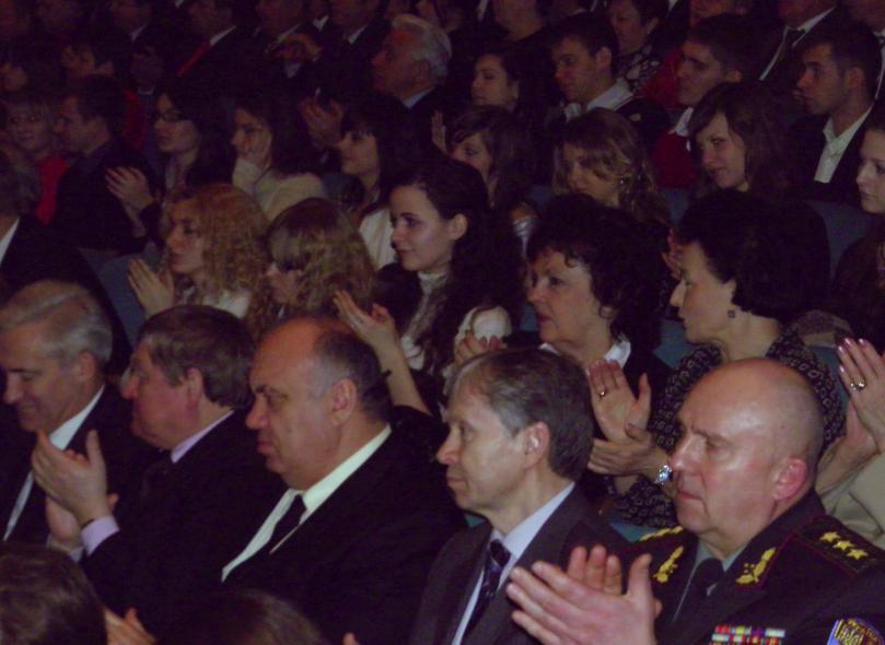 биография киев днем и ночью